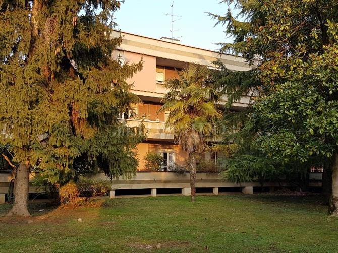 Appartamento in vendita Int. Via Ambaraga Brescia
