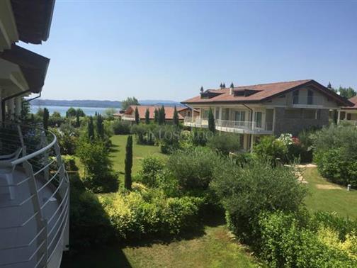 Villa Plurifamiliare a sirmione
