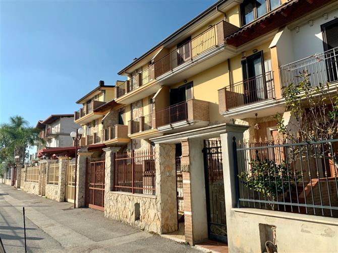 Appartamento in vendita Via Arno Cagliari