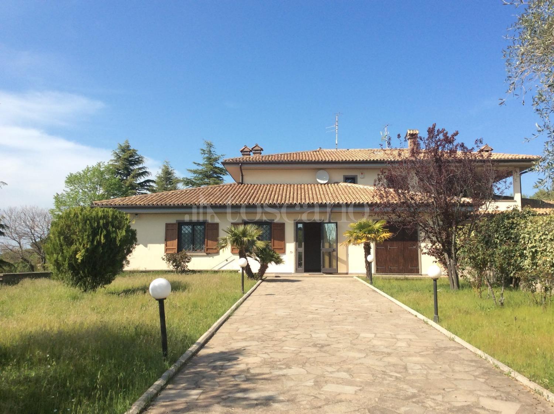 Villa in affitto a Viterbo in Strada Palanzana