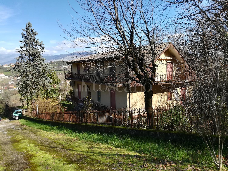 Villa in affitto a Frosinone in Via Maniano