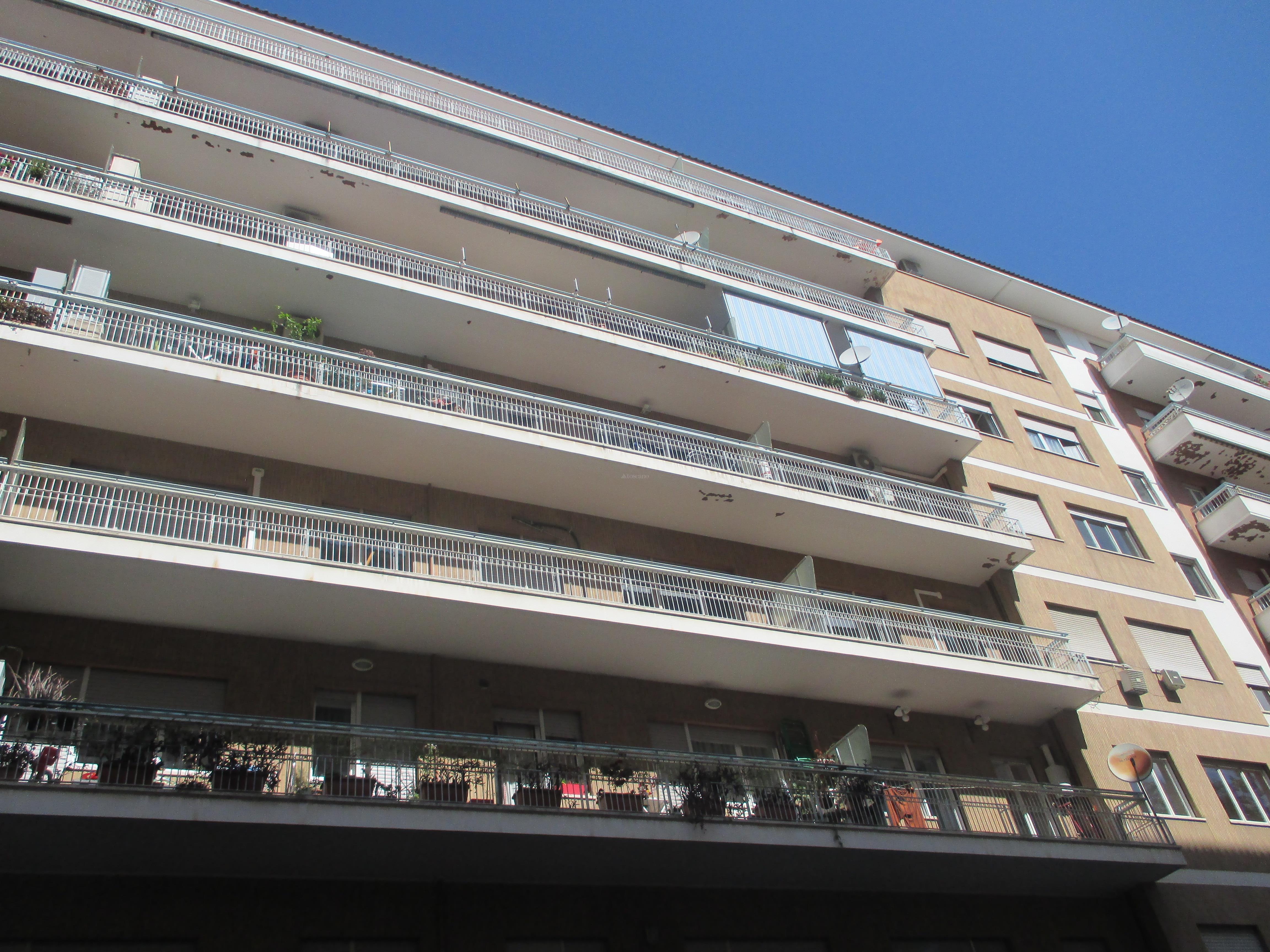 Affitto ufficio a roma in via gino nais cipro 1 2017 for Ufficio decoro urbano comune di roma