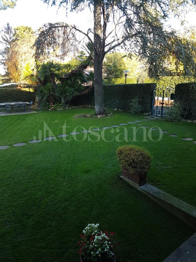 Villa in affitto a Ciampino in Via Vigna Capri