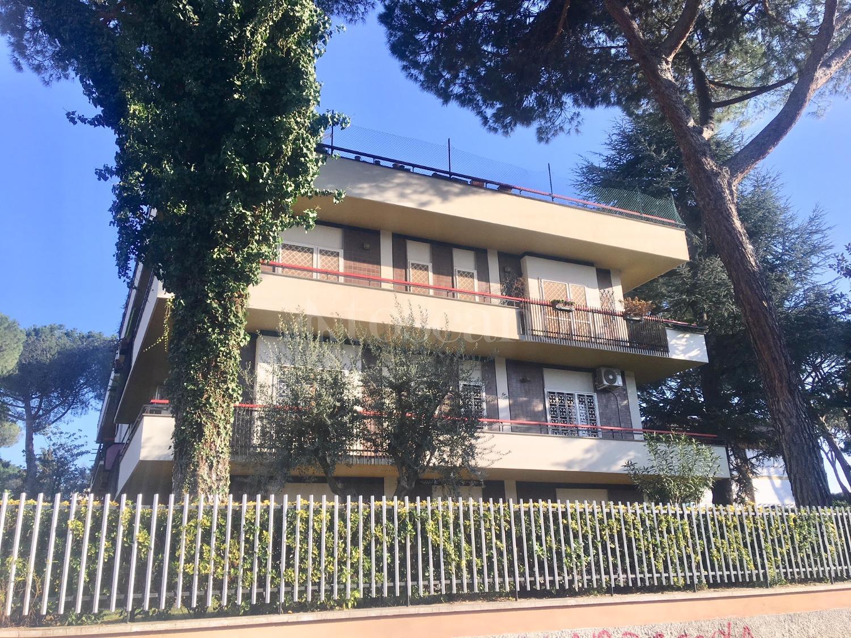 5 locali in affitto a Roma in Viale Tito Labieno