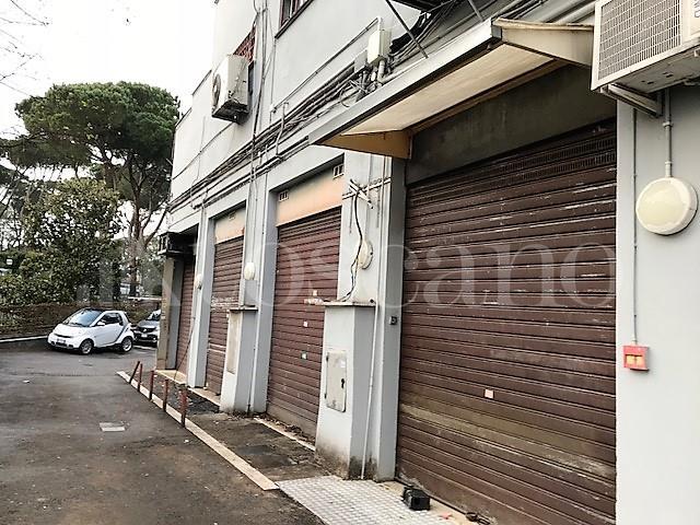 Negozi in affitto a roma zona grottarossa cerca negozio for C1 affitto roma