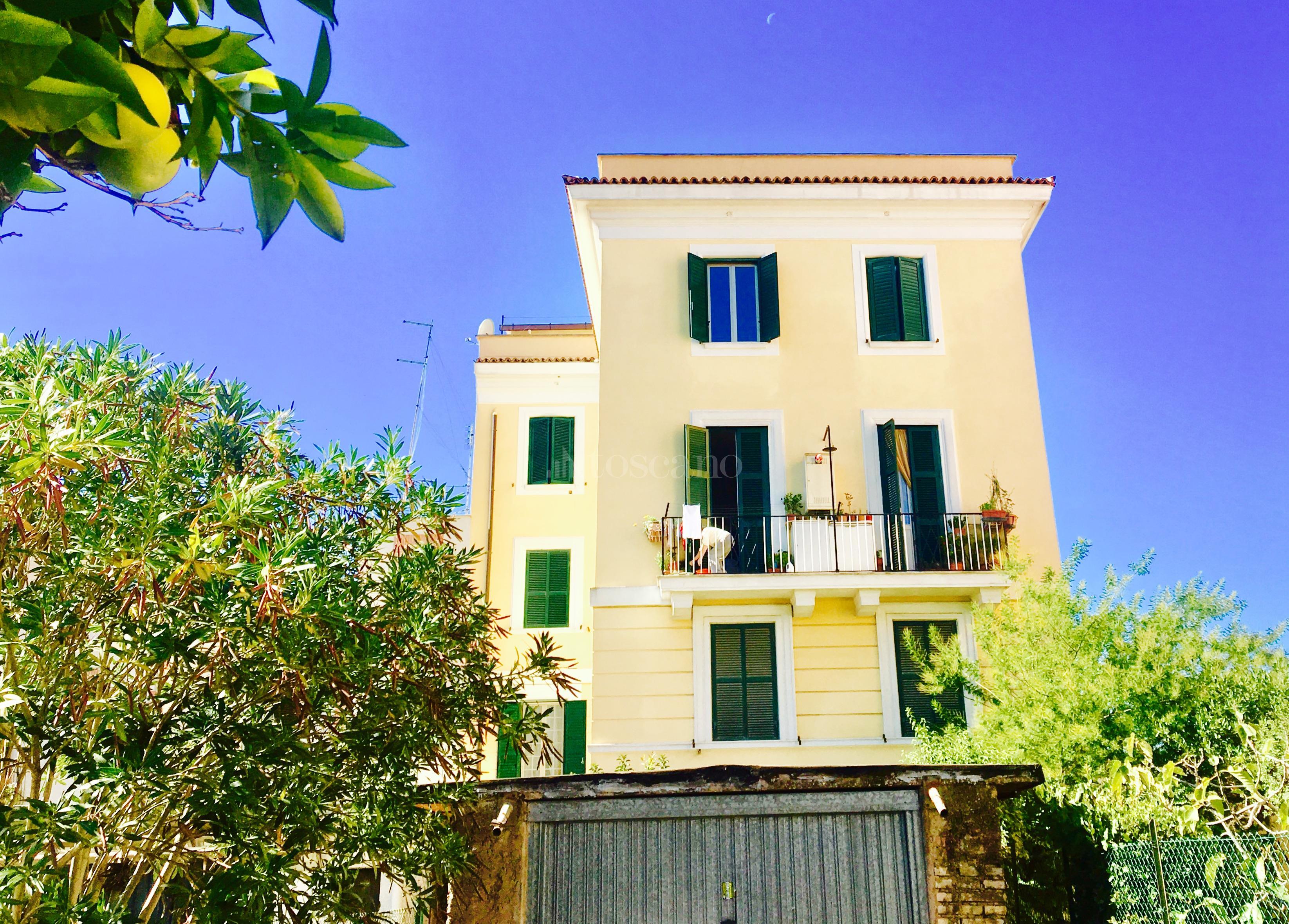 Vendita casa a roma in via giulio salvadori monte mario for Casa a roma vendita