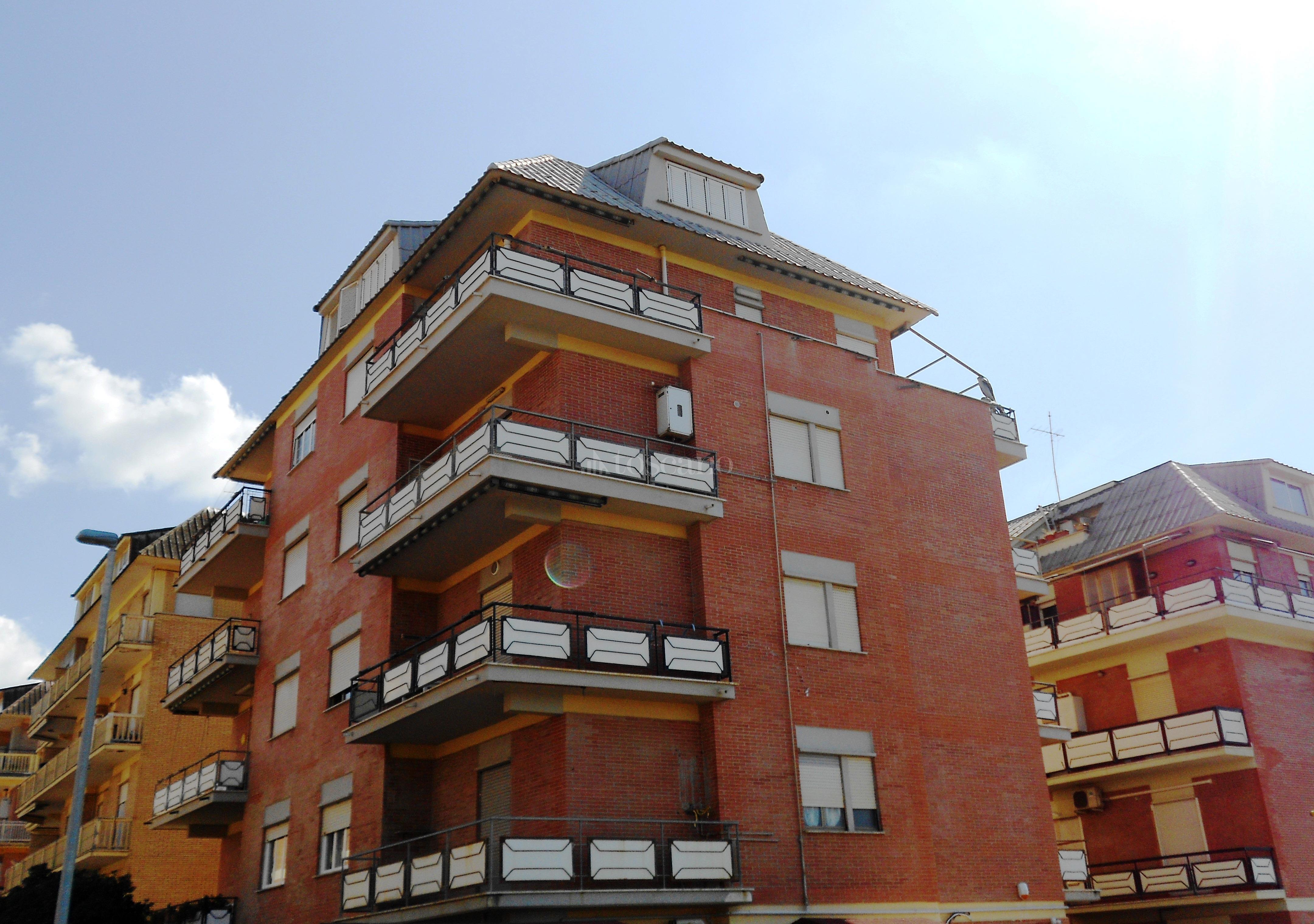 Vendita casa a roma in lungomare duca degli abruzzi ostia for Casa a roma vendita