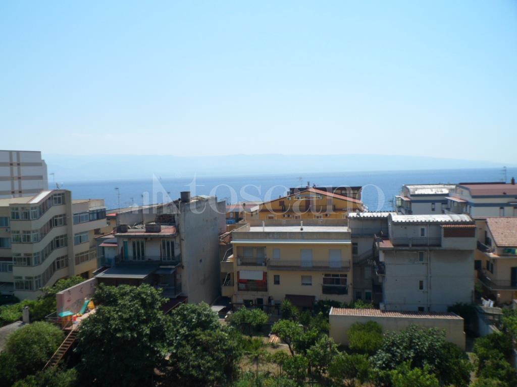 Vendita casa a messina in via nazionale 316 b mili marina for Punto casa a messina