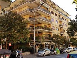 Casa in vendita di 200 mq a €899.000 (rif. 95/2016)