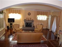 Villa in vendita di 250 mq a €595.000 (rif. 69/2016)