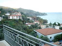 Villa Plurifamiliare in vendita di 150 mq a €220.000 (rif. 4/2016)