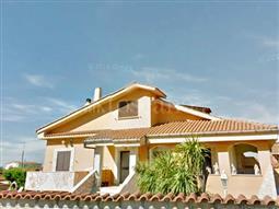 Villa in vendita di 450 mq a €529.000 (rif. 41/2017)