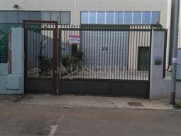 Capannone in vendita di 400 mq a €260.000 (rif. 68/2016)