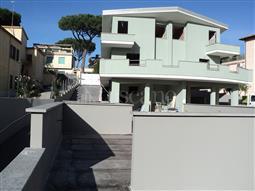 Villa in vendita di 180 mq a €745.000 (rif. 18/2017)