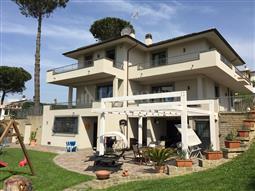 Villa in vendita di 300 mq a €660.000 (rif. 59/2017)