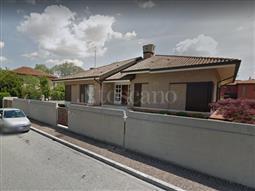 Villa in vendita di 300 mq a €530.000 (rif. 27/2017)