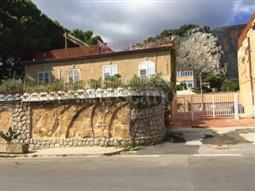 Villa in vendita di 90 mq a €419.000 (rif. 106/2016)