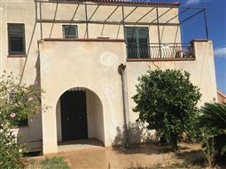 Villa in vendita di 420 mq a €579.000 (rif. 81/2016)