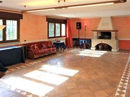 Villa in vendita di 580 mq a €3.240.000 (rif. 27/2016)