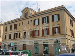 Negozio in vendita di 200 mq a €749.000 (rif. 50/2015)