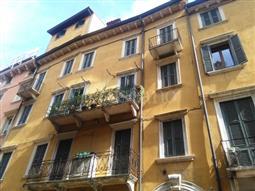Casa in vendita di 150 mq a €1.200.000 (rif. 59/2016)