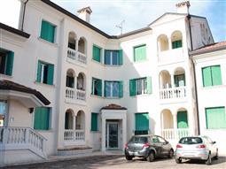 Casa in vendita di 200 mq a €245.000 (rif. 12/2016)