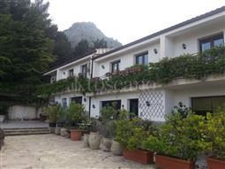 Villa Bifamiliare in vendita di 360 mq a €575.000 (rif. 53/2016)