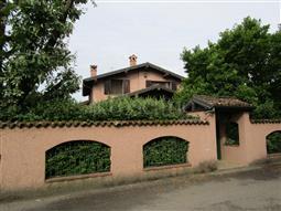 Villa in vendita di 260 mq a €410.000 (rif. 10/2016)