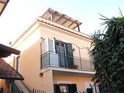 Casa in vendita di 80 mq a €319.000 (rif. 31/2016)