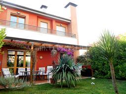 Villa in vendita di 150 mq a €295.000 (rif. 47/2016)