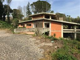 Villa in vendita di 850 mq a €830.000 (rif. 47/2017)